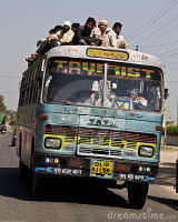 indische-bus-17939641
